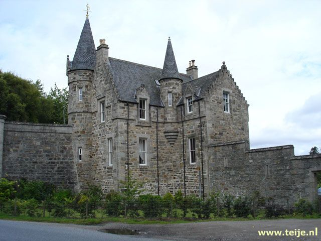 Small Castle Homes Share Of Nice Small Houses And