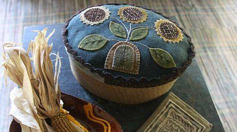 Oval wooly box; 6h x 12w x 8.5d rebekah smith wool applique projekte