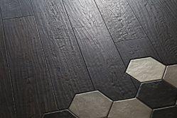 Trinity Oak Black Wood oiled antique hand scraped floor.  Idée sol intérieur : parquet et mosaïque