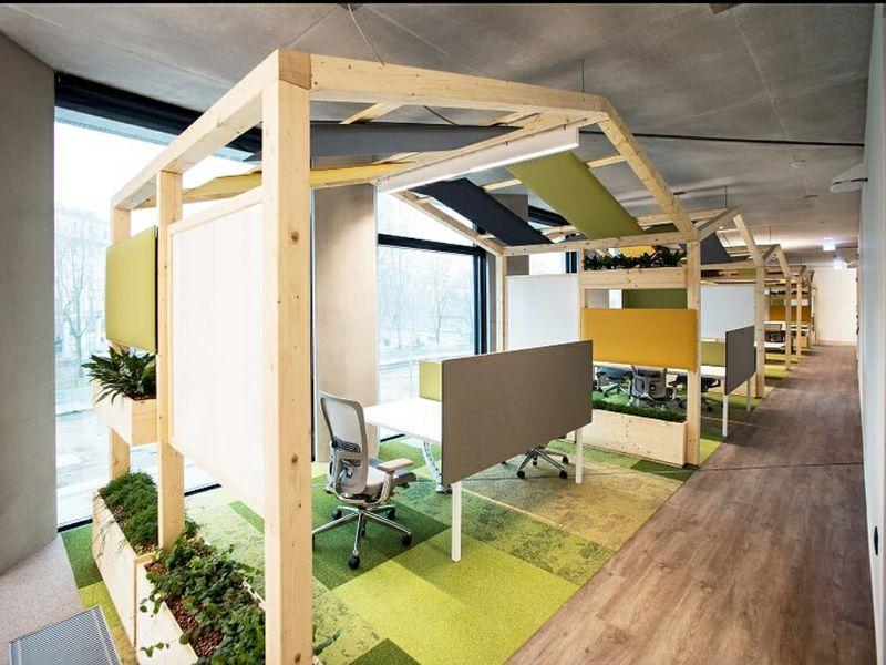 Lavoro Design Interni Milano.Inaugurata A Milano La Microsoft House Sara Luogo Di Innovazione Aperto Alle Aziende E Alla Citta Design Ufficio Aziendale Ufficio Di Lusso House