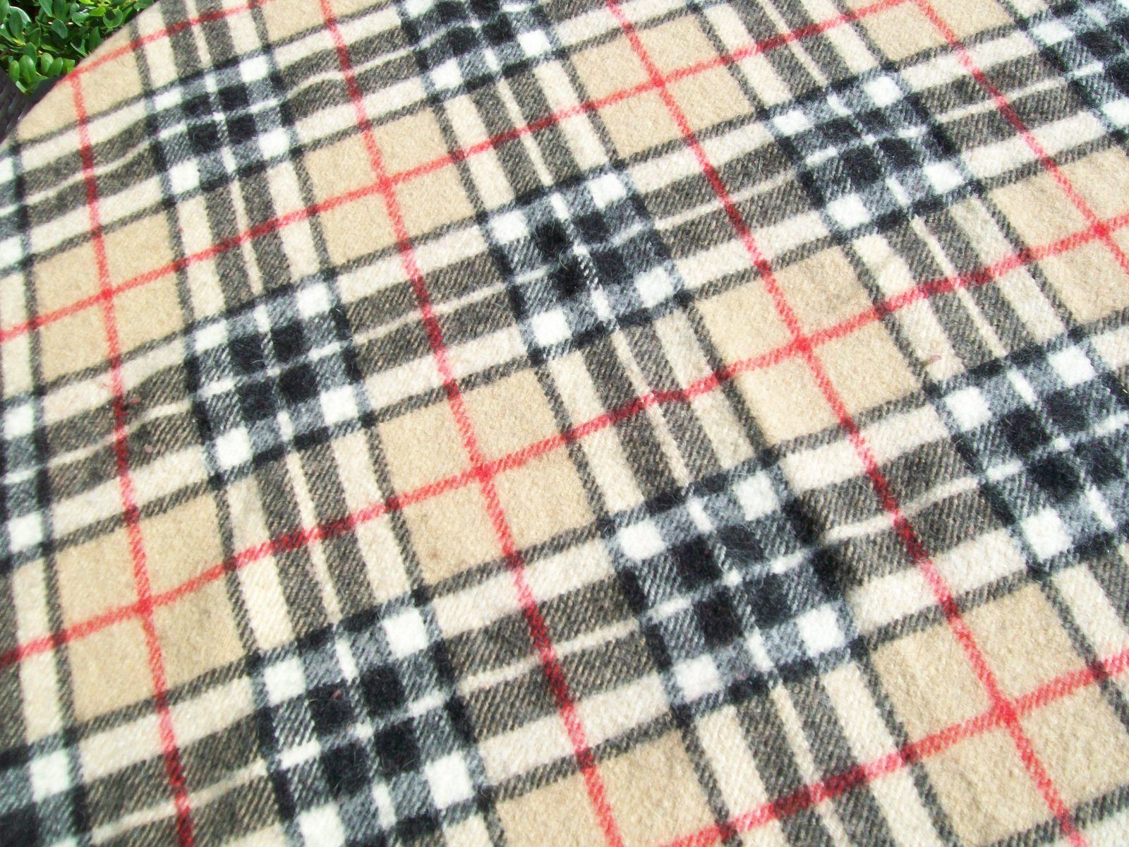 James Pringle Weavers Nova Check All Wool Rug Throw Blanket Beige Plaid Euc Blankets