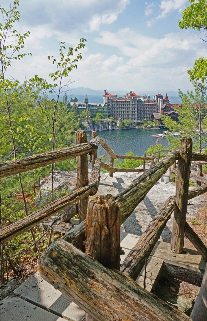 Monhonk Mountain House: Mohonk Mountain House – Unique And Beautiful