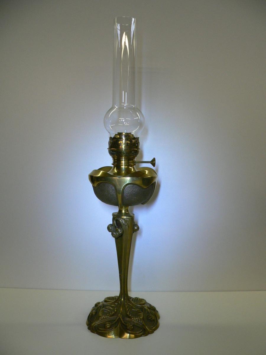 Lampe A Petrole Art Nouveau Par Georges Leleu Antiquites Aubry