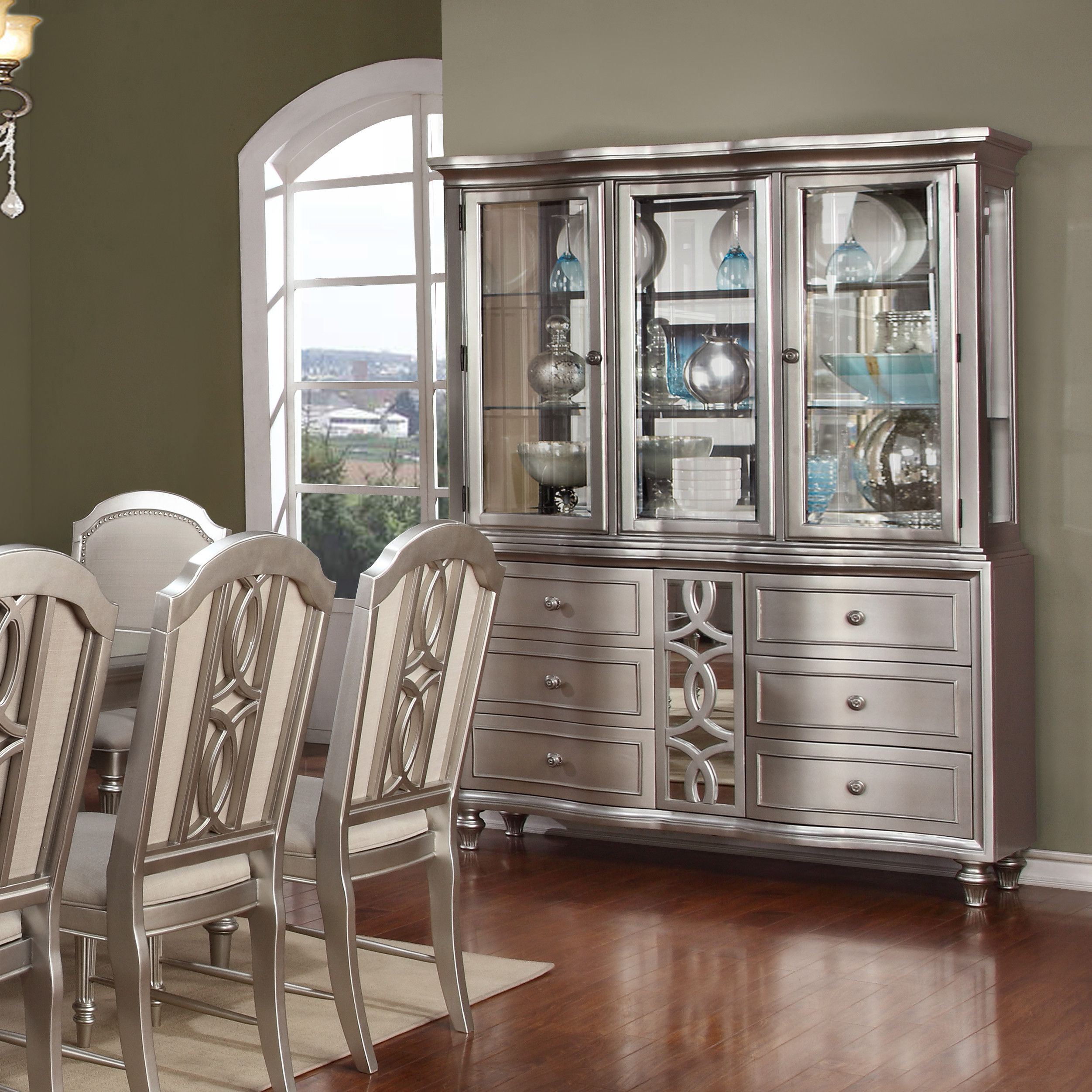 Attractive Avalon Furniture Regency Park China Cabinet
