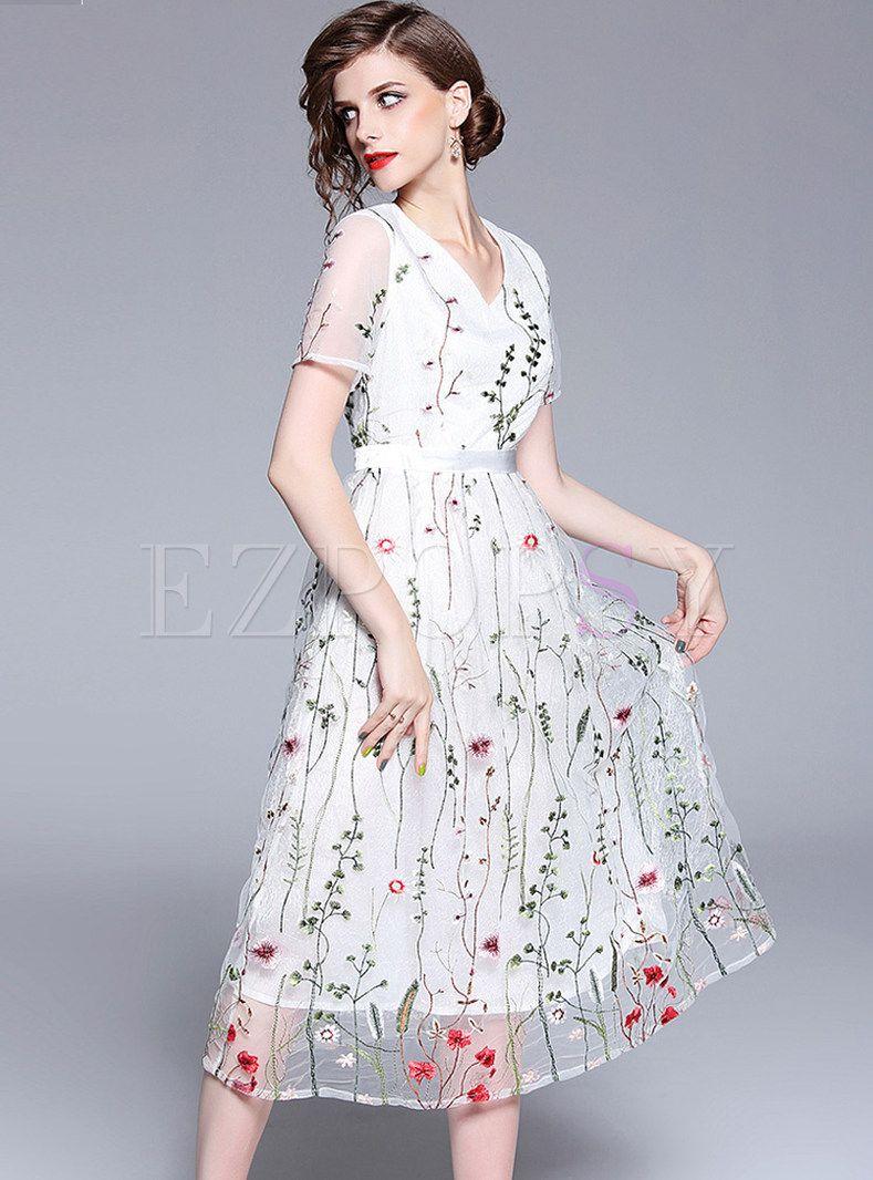 Gauze Embroidery Perspective Midi Dress Embroidered Mesh Dress Mesh Dress Floral Embroidery Dress [ 1066 x 789 Pixel ]