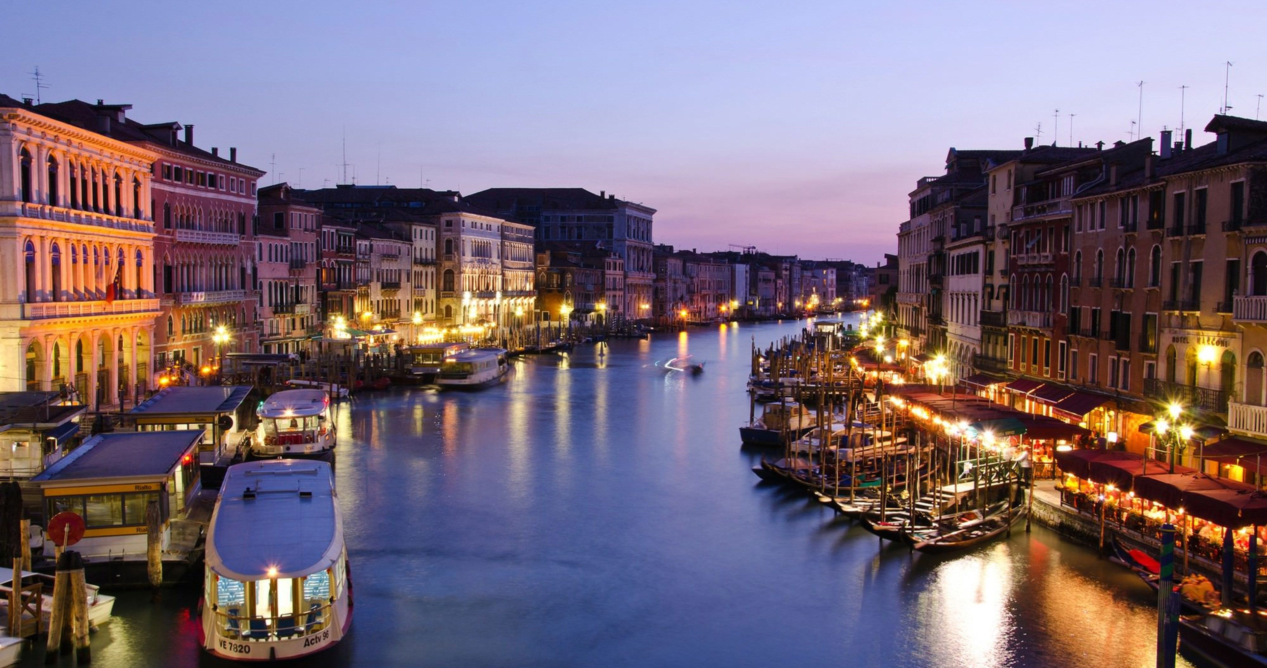 Italy venezia city 4k ultra hd wallpaper sharovarka pinterest italy venezia city hd wallpapers best high quality photo gallery and latest background them on all your devices laptopsmartphone and tablet voltagebd Choice Image