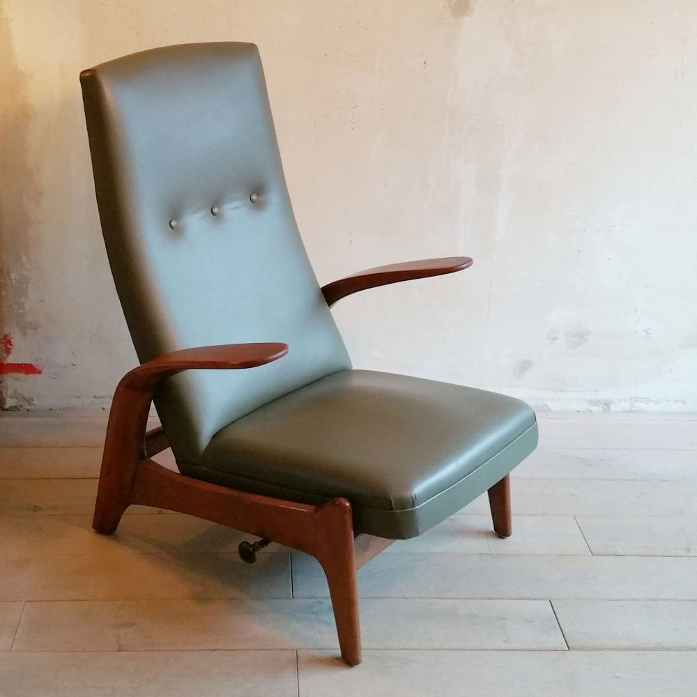For Sale Reclining Lounge Chair By Gimson Slater 1960s Family Room Chair Chair Chairs For Sale