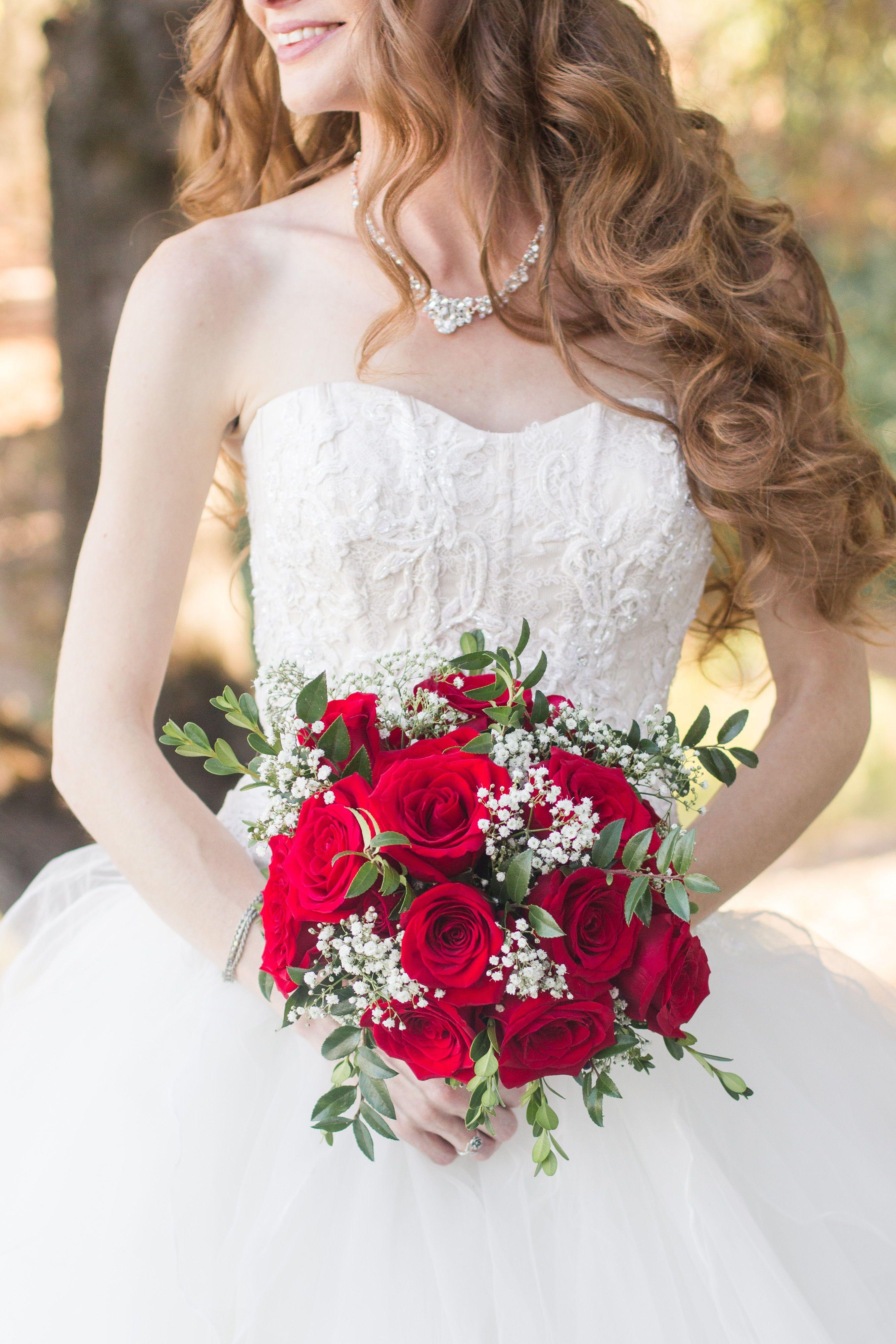 Beautiful Classy Elegant Pinterest Red Roses Wedding Bouquet Love Happiness Big Day De Red Bridal Bouquet Red Bouquet Wedding Red Rose Bridal Bouquet [ 4000 x 2668 Pixel ]