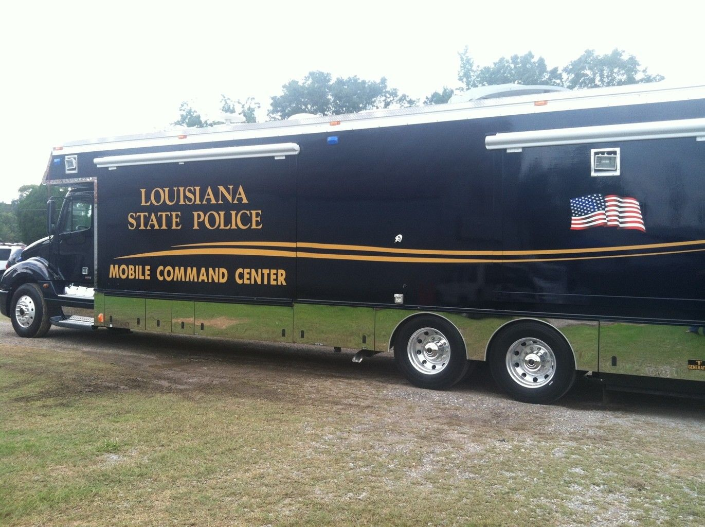 Louisiana State Police State Police Mobile Command Center Police Cars
