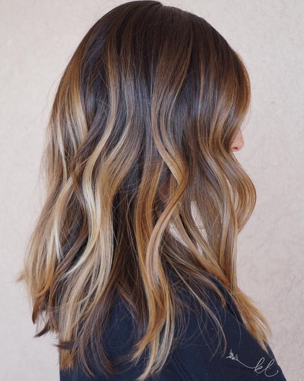 Dimensional Caramel Balayage Hair Cheveux Bruns Meches Blondes Teinture Cheveux Cheveux