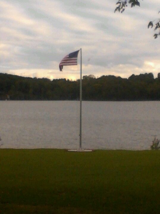 Flag @ Ft Loudon lake at Lenoir City Park