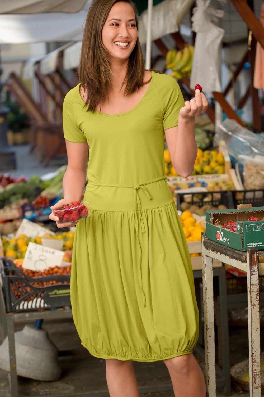 Schönes Sommerkleid aus weichem Baumwolljersey mit ...