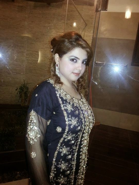 Pakistani Hot Desi Girls In Shalwar Kameez On Home Photos -3819