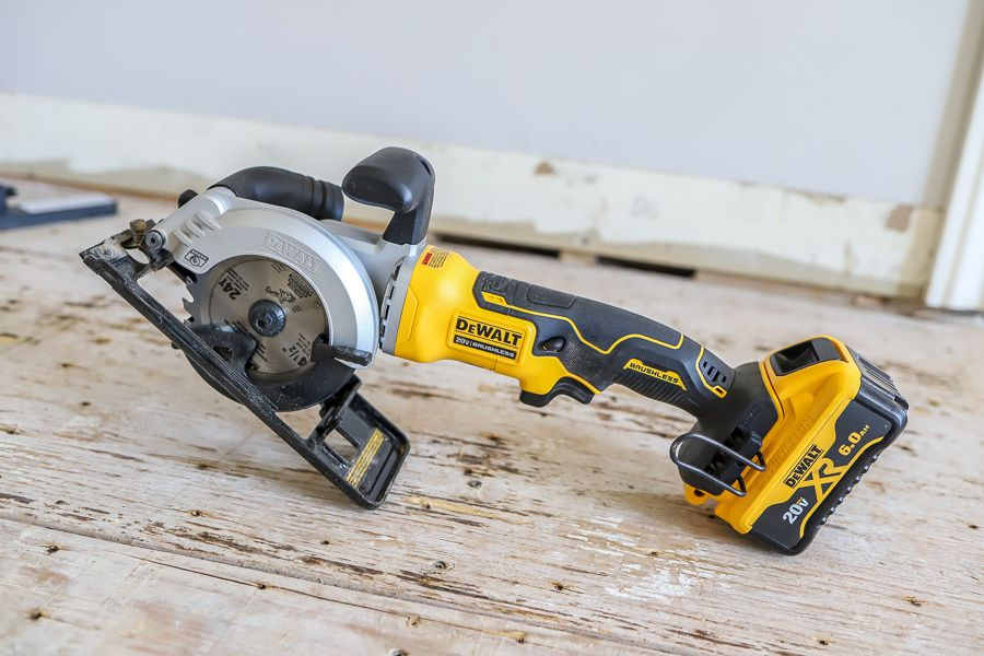 Dewalt Circular Saw Sledgehammer And Bernzomatic Torch Tool Review Mini Circular Saw Circular Saw Dewalt Circular Saw