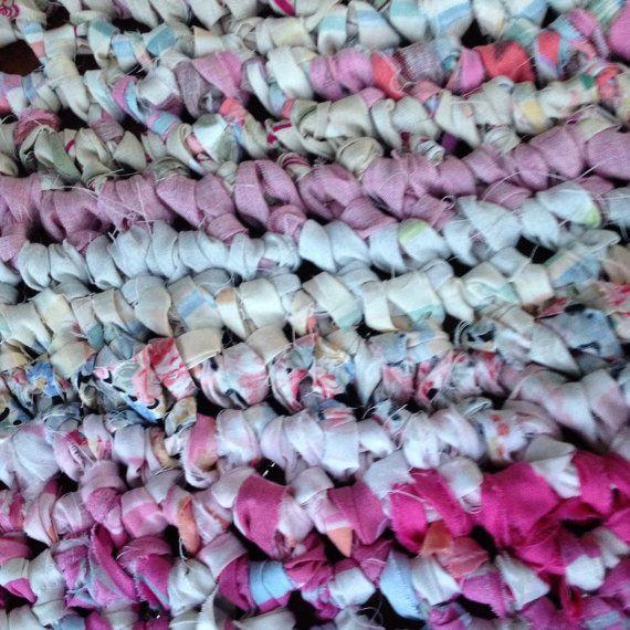 Mandala cloth rug Pink & Red  130cm Round Rug by HandmadebyJAK