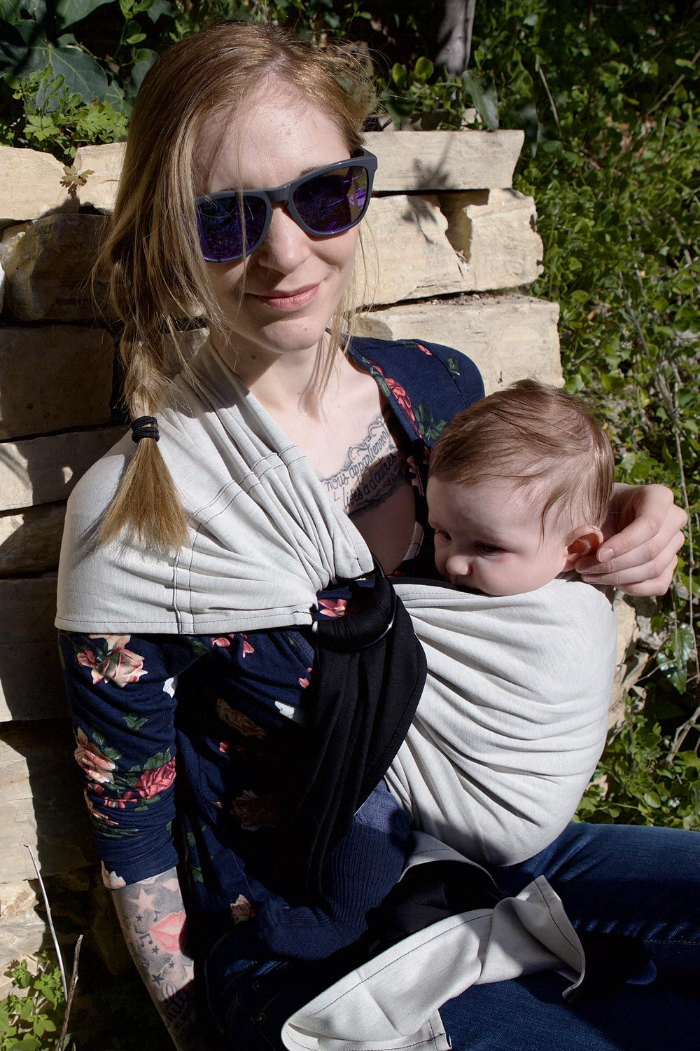 89552271d401 Little wrap without knot - sling babywearing - hands-free - color black    ecru