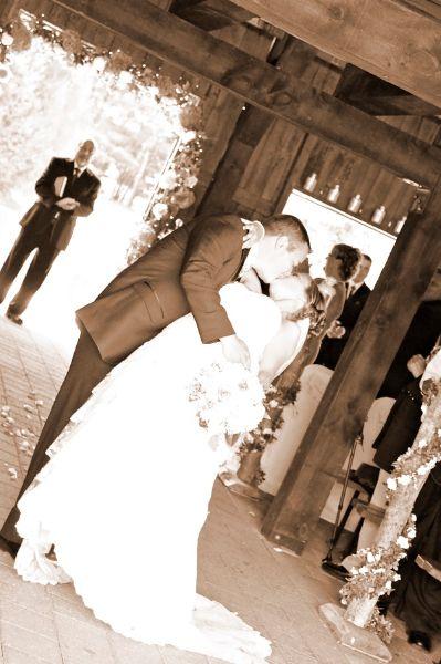 Julie and Dan | Ottawa Wedding Magazine