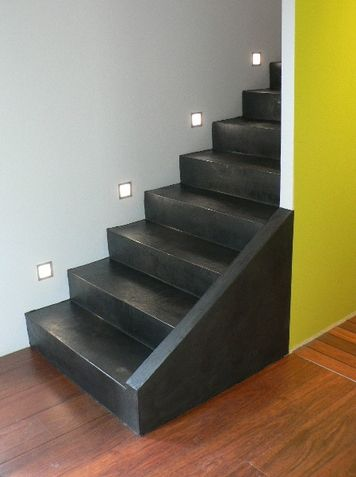 Escaliers b ton cir escalier pinterest stair case for Habillage marche escalier beton exterieur