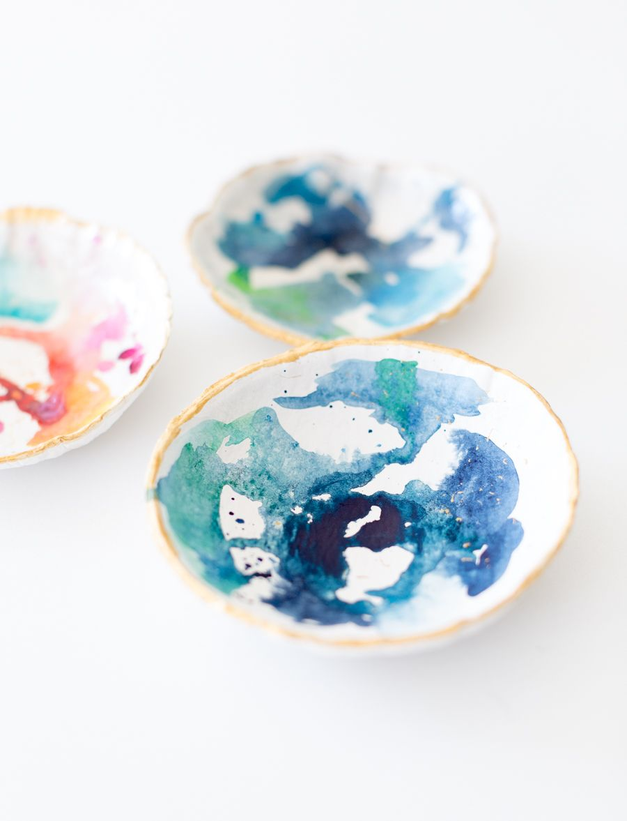Modelliermasse Tipps kleine schalen aus modelliermasse mit aquarellfarben bemalen diy
