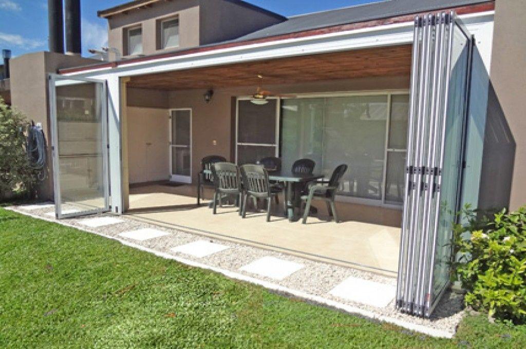 Resultado de imagen para quinchos cerrados con aberturas for Puertas para patio exterior