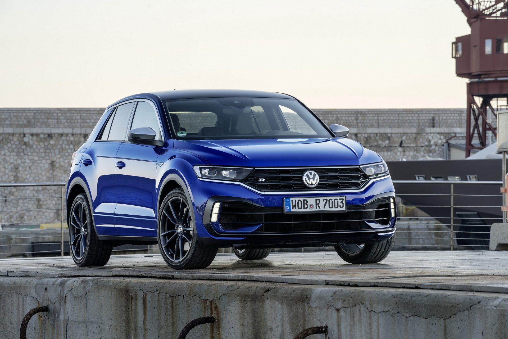 New Vw T Roc R Wants To Become The Default Hot Hatch On Stilts Volkswagen Hot Hatch Car Volkswagen
