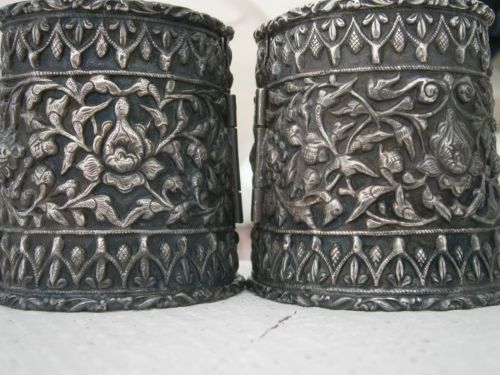 ANTIQUE-PAIR-19THC-CHINESE-TIBETAN-S-E-ASIAN-INDIAN-SILVER-CUFFS-STRAITS-OLD
