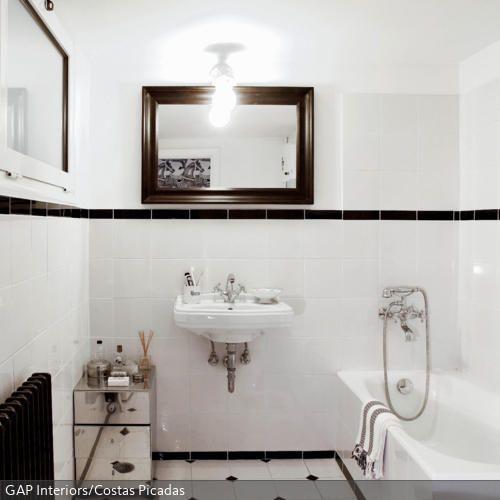 Purismus wird hier groß geschrieben Waschbecken, Badewanne - heizk rper f r badezimmer
