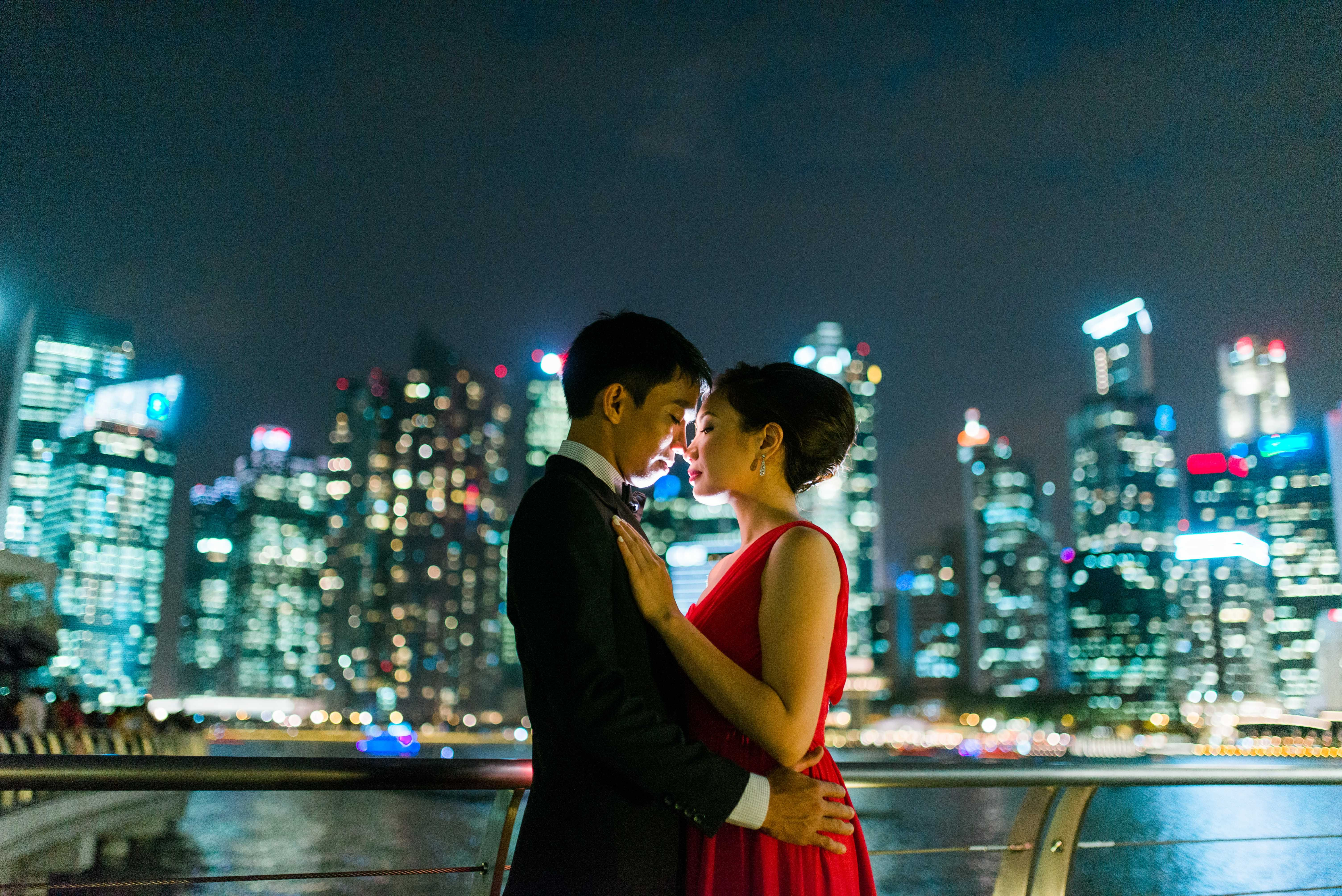Lovers at Marina Bay Sands Singapore