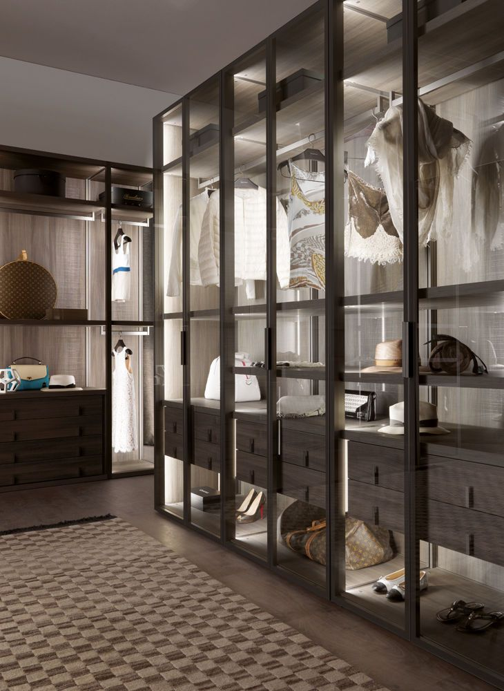 Cabina armadio moderna / in legno / con porta battente / di gamma ...