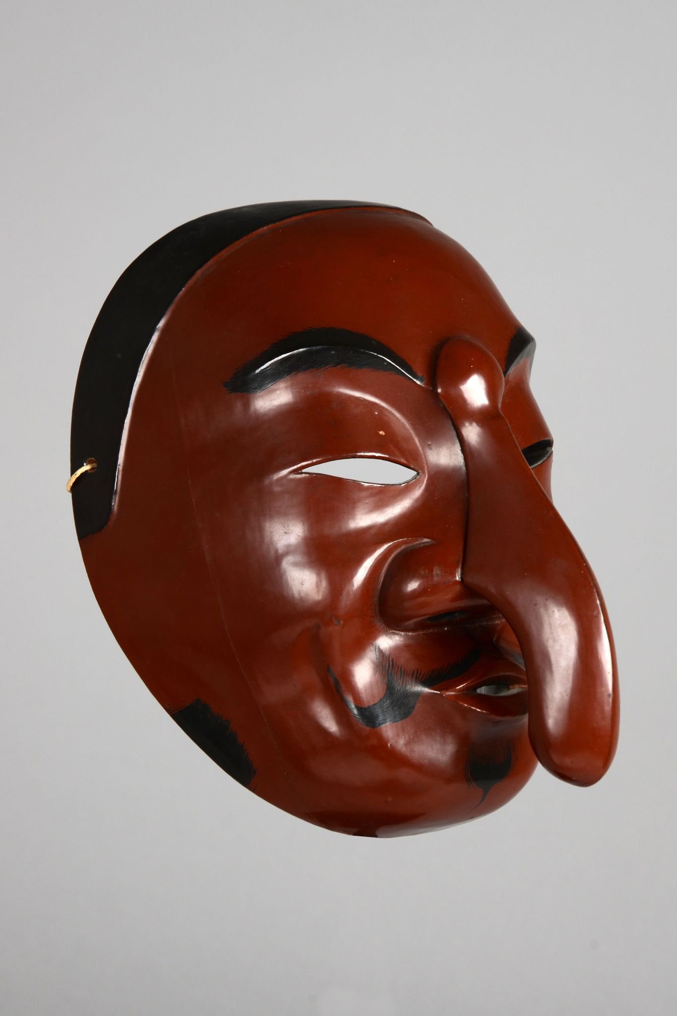 """Nô"" theatre mask ""tengu"""
