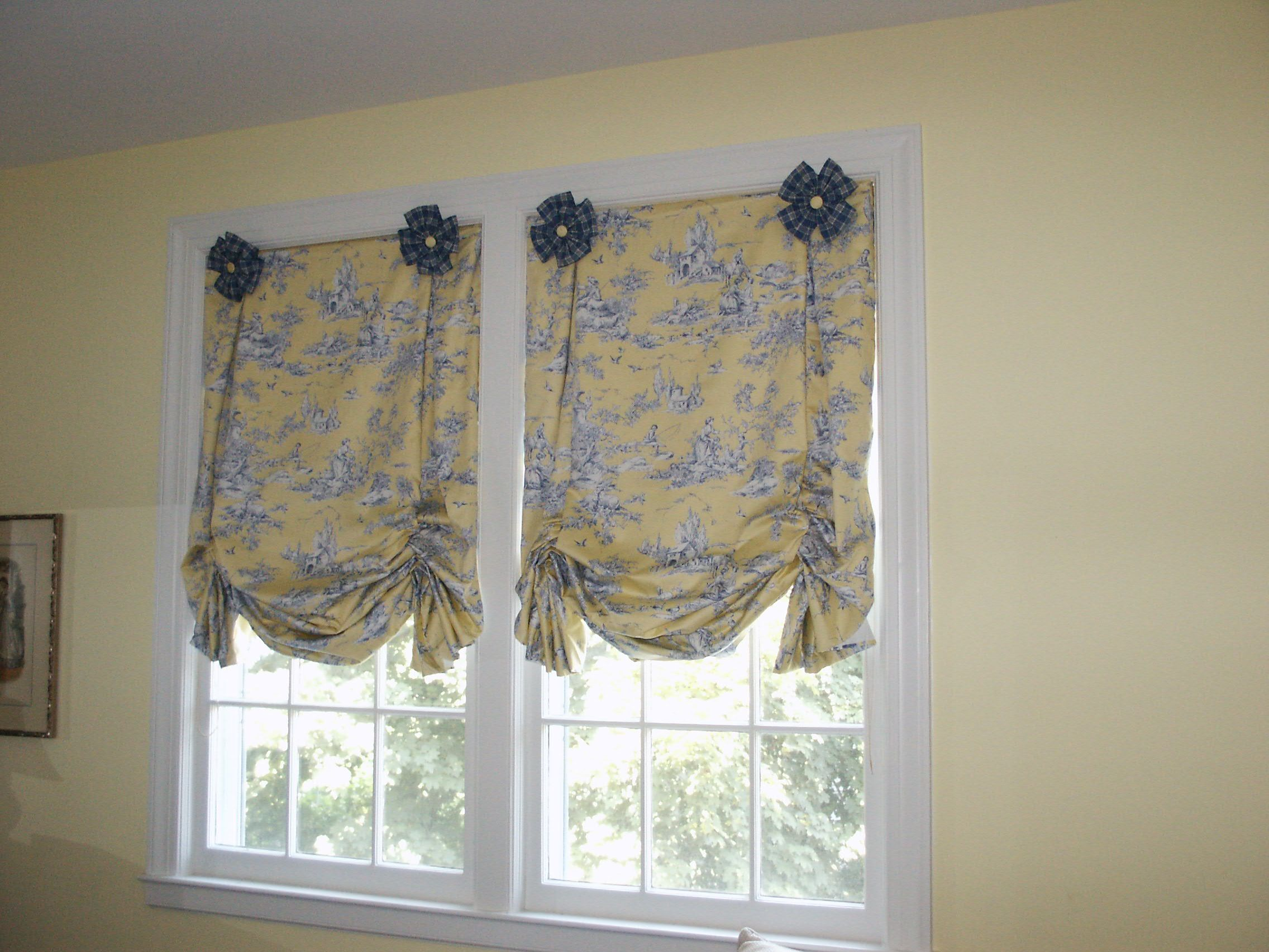 Butterfly Tailored Balloon Shade Topper With Rosettes Flat Roman