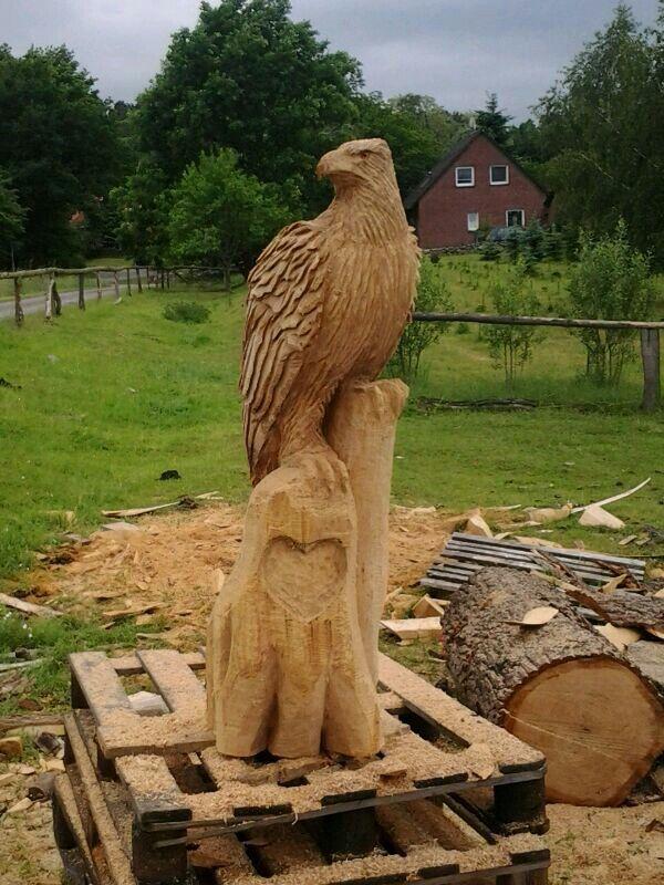 Kettensägenkunst adler chainsaw carving eagle kettensäge