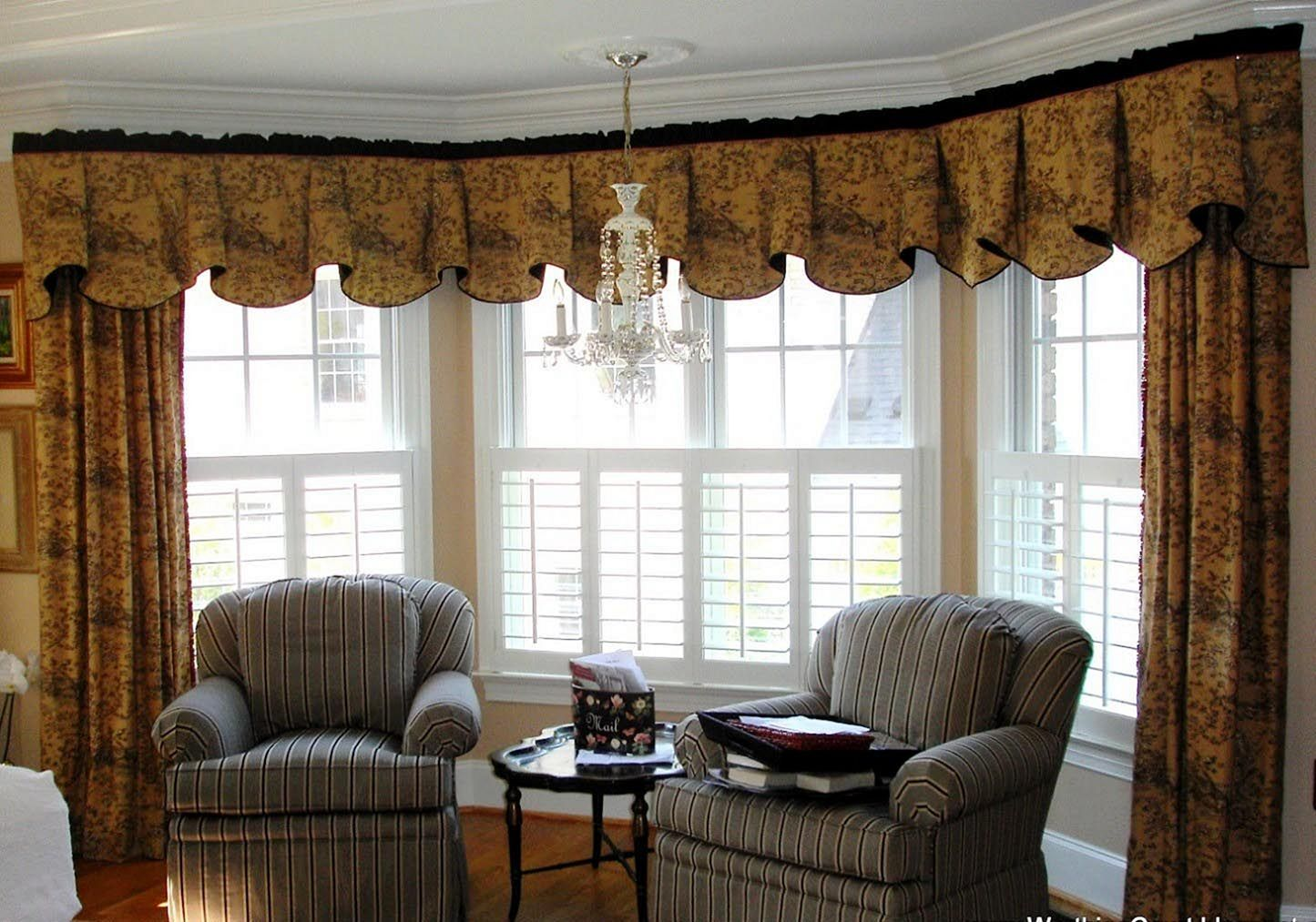 Top 25+ Wonderful Living Room Curtain with Valance Ideas to Make ...
