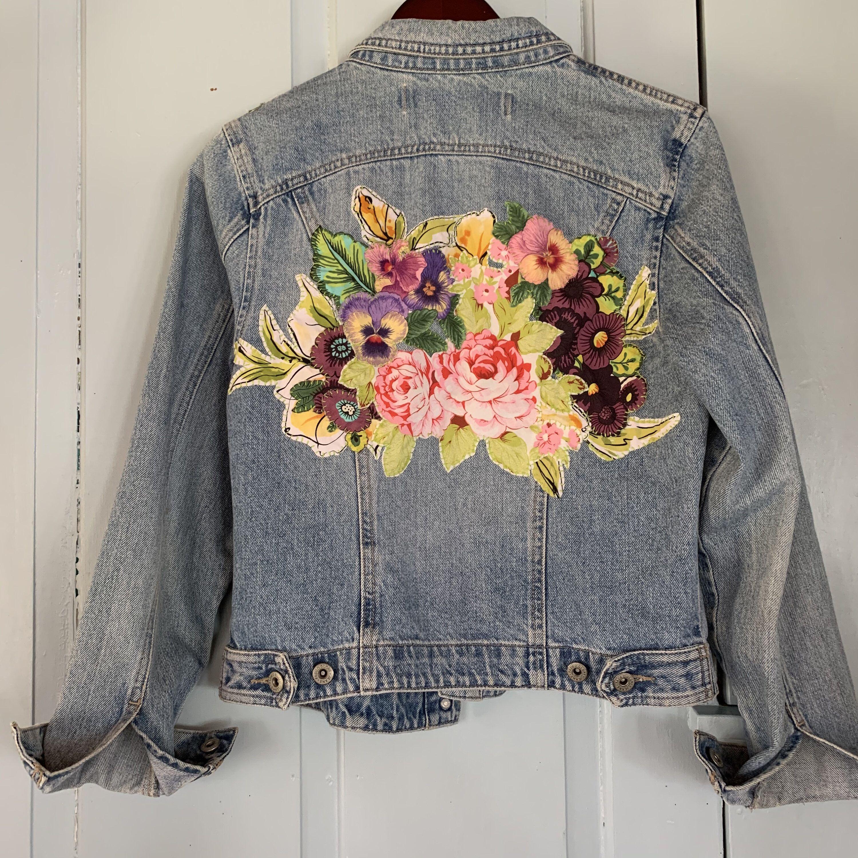 Ooak Repurposed Applique Floral Denim Jean Jacket Cotton Etsy Floral Denim Embellished Denim Jackets [ 3000 x 3000 Pixel ]