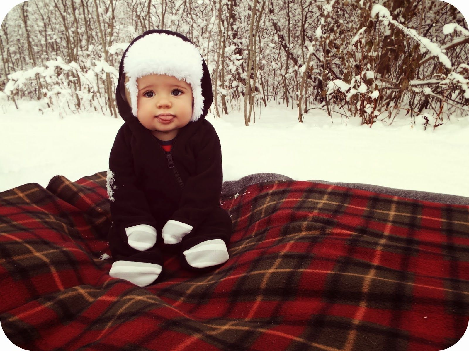 All The Pretty Things: Winter is Here!  Winter baby pictures