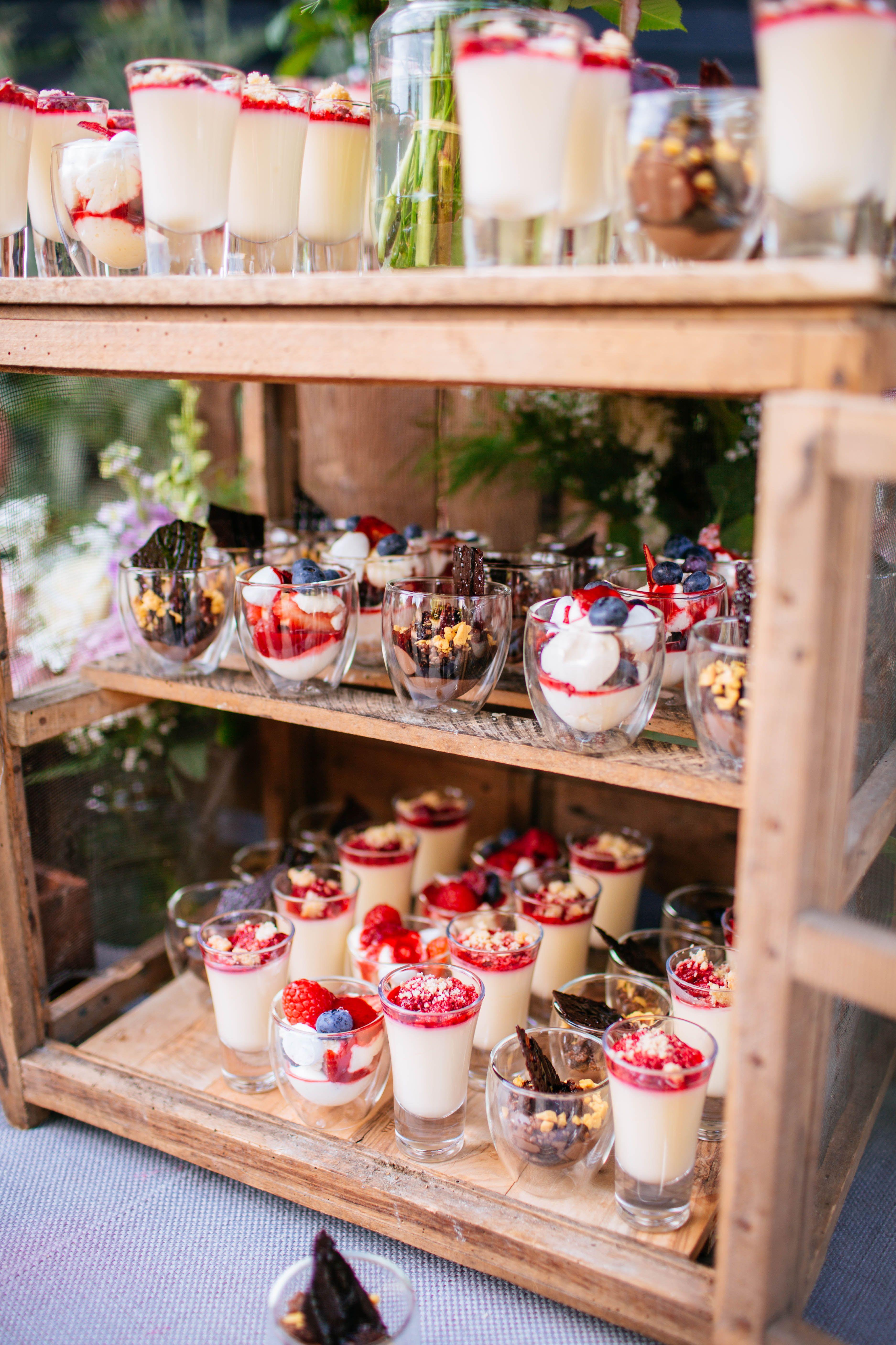 Kalm kitchen catering at helen garys wedding in july