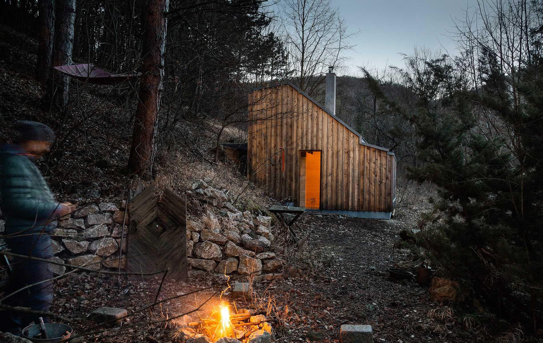 Waldh tte wiener wald holzhaus modern was wir bauen for Wochenendhaus modern bauen