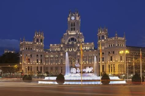 Photographic Print Plaza De La Cibeles Fountain And