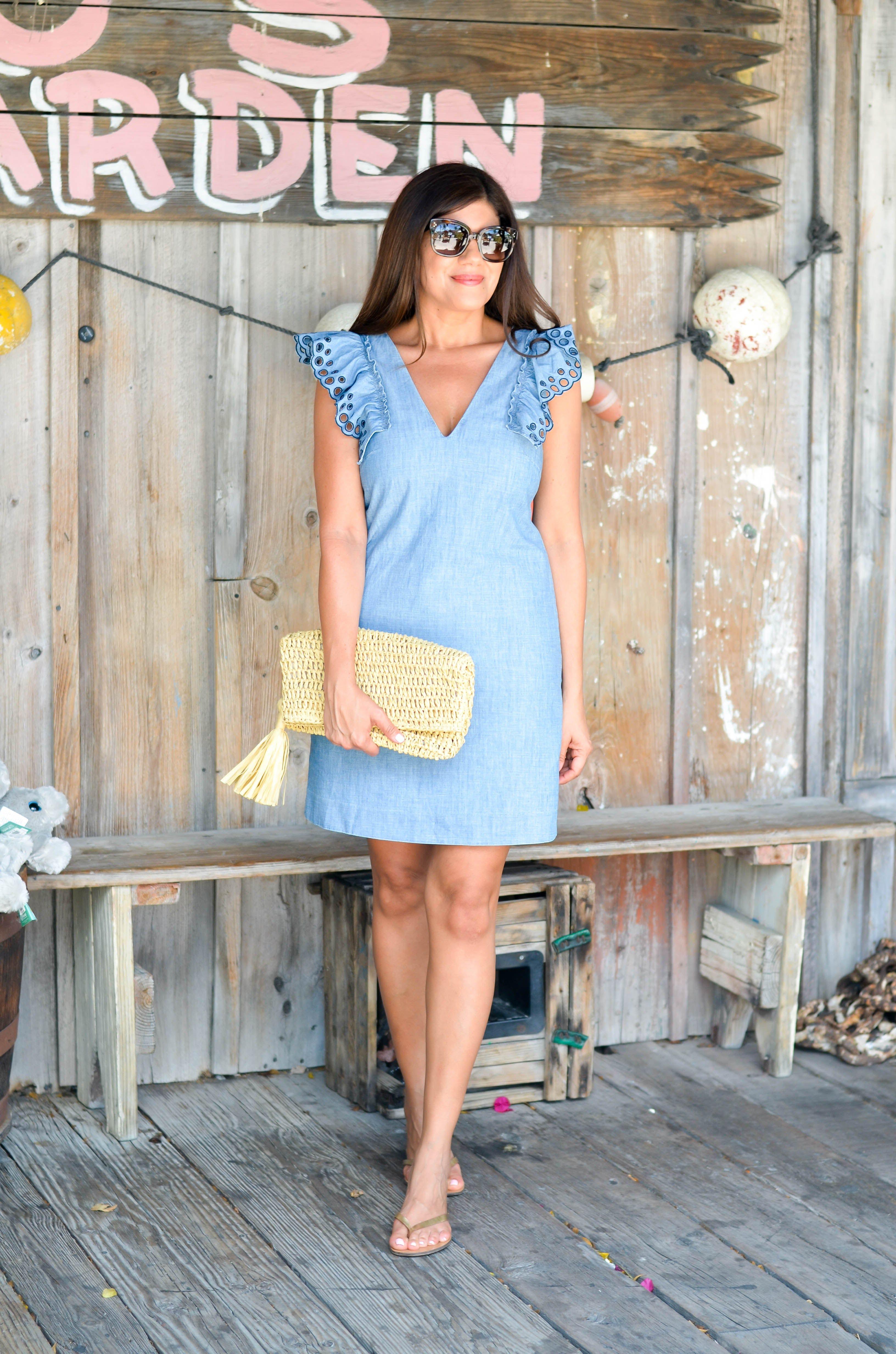 Summer Dress Series The Perfect Go To Sheath Dress Beautifully Seaside Dresses Sheath Dress Spring Summer Fashion [ 4928 x 3264 Pixel ]