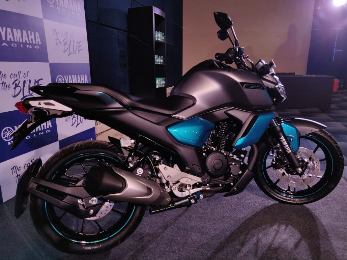 Yamaha Fz S Fi V 3 0 Abs Launched In India At Rs 97 000 Gaadikey
