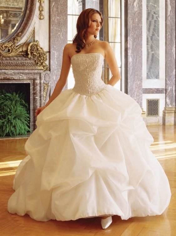 wedding dresses for less princess wedding dresses maybe with a less poof 9326