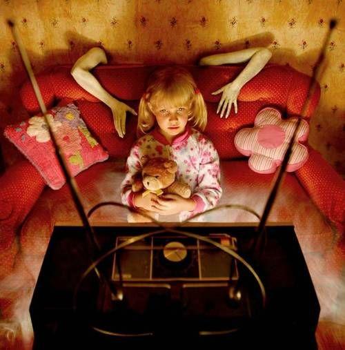 a child's nightmare: tv Joshua Hoffine