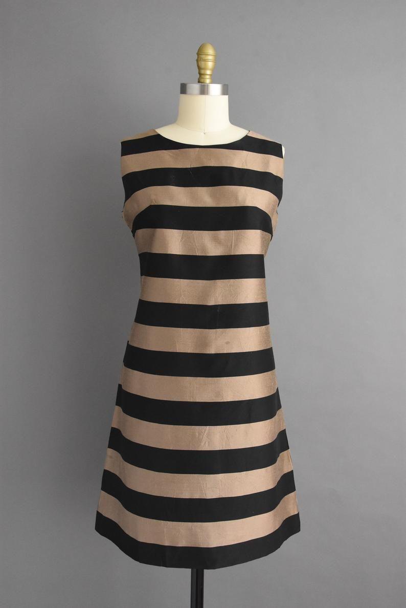 Vintage 1960s Unique Bold Stripe Print Silk Fall Cocktail Etsy In 2021 Von Maur Dresses Vintage Dresses Stripe Print [ 1188 x 794 Pixel ]