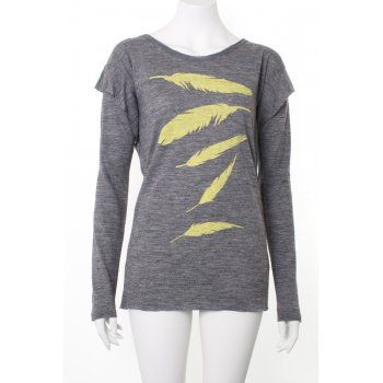 Top in grey wool knit with 4 lime feathers printed on front.