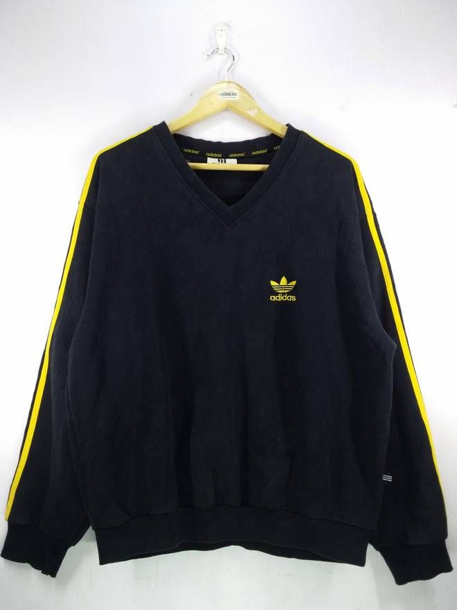 Vintage Adidas Sweatshirt Black Adidas Original Jersey Clothing Three Stripe Sweater Medium size Jumper jOMFrqH79
