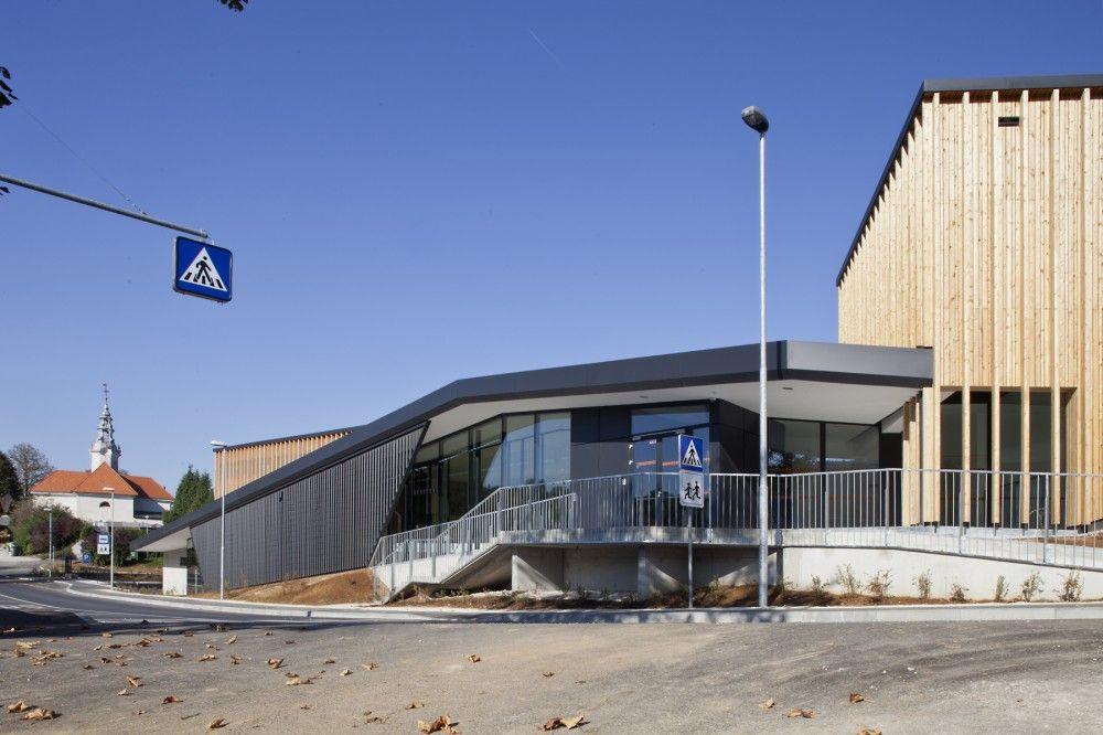 Sports Center Stopiče / Jereb in Budja arhitekti (med bilder)