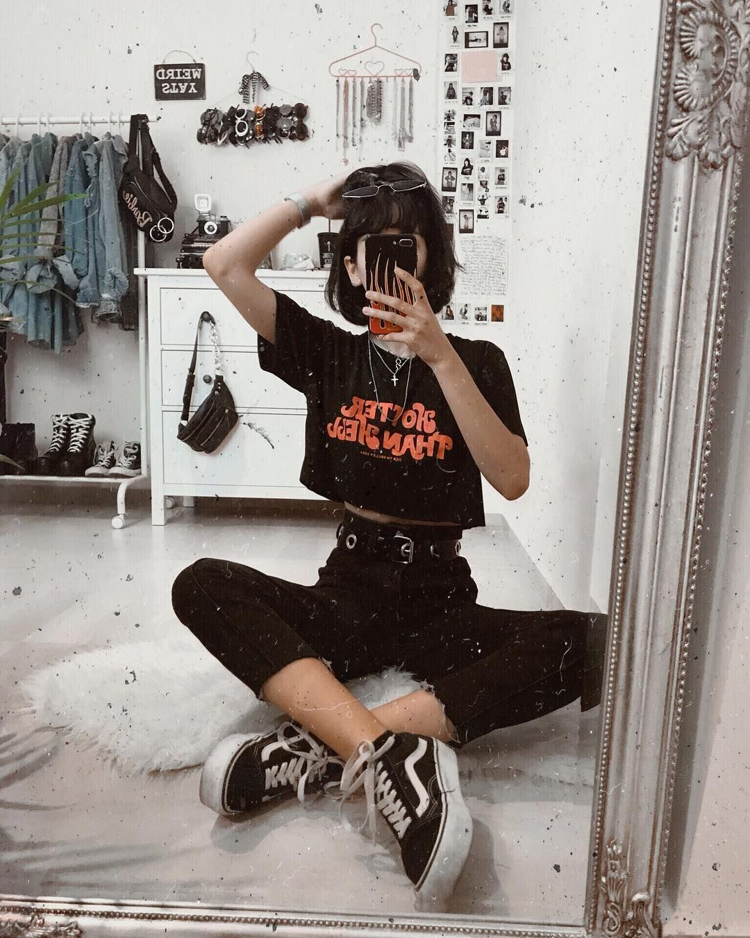 E Girl Outfits Aesthetic Black In 2020 Cute Outfits Grunge Outfits Retro Outfits