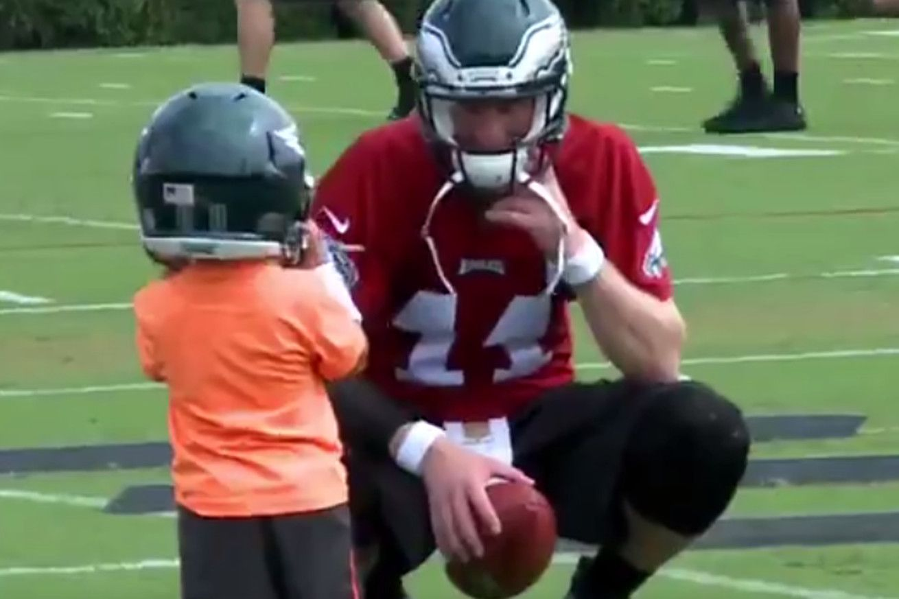 """This adorable video of Carson Wentz getting """"tackled"""" will make your day - Bleeding Green Nation"""