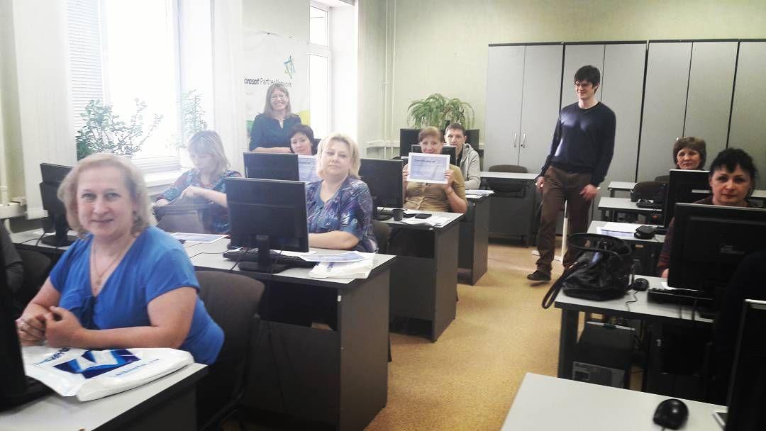 MS SQL прошел на ура! Наши Слушатели довольны курсом. Приходите за знаниями и Вы! Актуальную информацию о запланированных курсах можно узнать на нашем сайте sibinfo.ru позвонив по телефону 36-200-36 написав сообщение: на #email info@sibinfo.ru в нашу группу вк и в #директ инстаграма. У нас найдутся курсы для каждого!  Никого не оставим без болшиииих скидок #Сибинфоцентр #курсы #ит #it_обучение #it_сфера #mysql #sql #microsoft #Android #oracle #cisco  #linux #windows #server #dba…