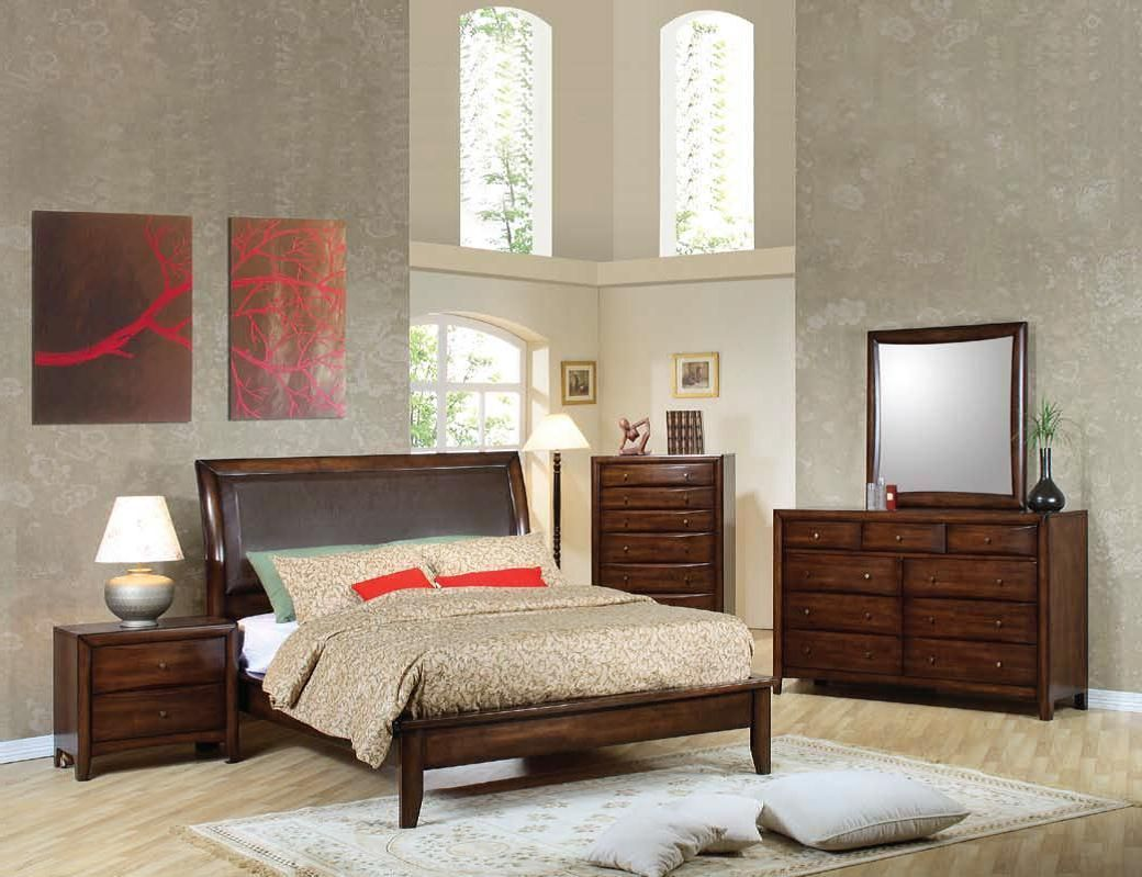 Hillary Transitional Warm Brown Master Bedroom Set (With